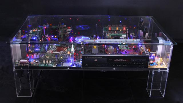 Elektronik atıklarla yapılan sanat eserleri