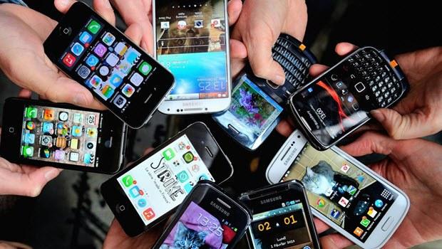 Yurt dışından gelenlerin telefonu hemen kapanmayacak